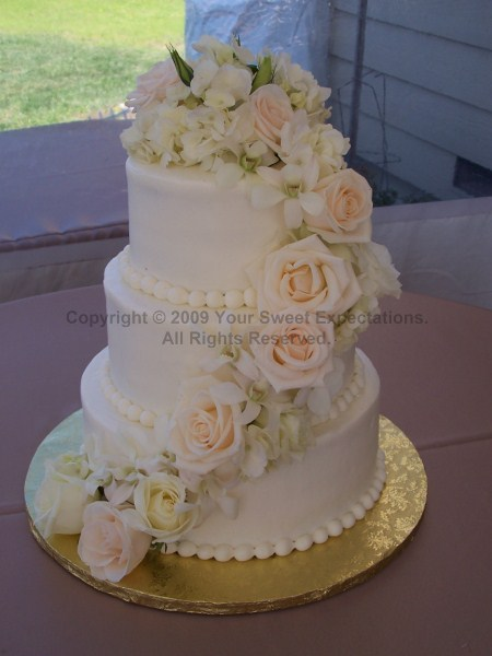 Custom Wedding Cakes Bakery - Red Velvet & Pink Champagne Cakes in ...